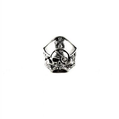 anillo calavera pirata